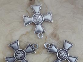 Perku kryzius, medalius, zenklus