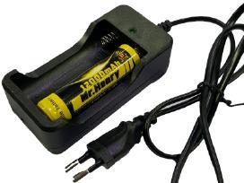 18650 baterijų pakrovėjas įkroviklis