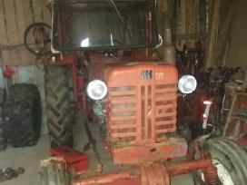 Parduodu traktoriu Mc cormick arba keiciu i Mtz .