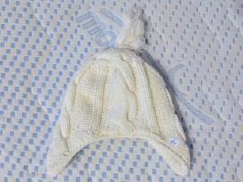 Balta šilta kepurė 1 metų vaikui