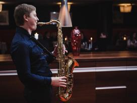 Saksofonistas, Saksofono muzika, Saksofonininkas - nuotraukos Nr. 4