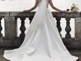 Nuostabi vestuvinė suknelė - nuotraukos Nr. 10