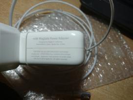 Apple MacBook pakrovejas - nuotraukos Nr. 3