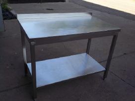 Stalai - nerūdijančio plieno