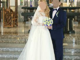 Pieno baltumo elegantiška vestuvinė suknelė
