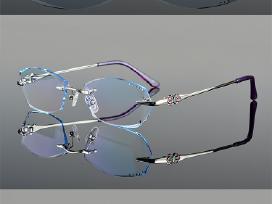 Berėmiai akinių rėmeliai
