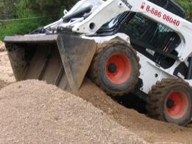 Bobcat technikos operatorius pastoviam darbui