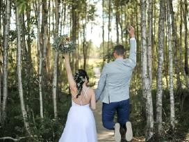 Grakšti Išskirtinė Vestuvinė Suknelė