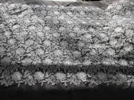 Gėlių nėriniai, medžiaga 1,3x1,7 m - nuotraukos Nr. 2