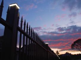 Metalinės tvoros, tvoros stuplai, tvoros pamatai