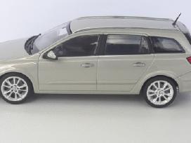1/43 modeliukai Opel Astra H Caravan