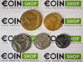 Daug ivairiu monetu komplektu - nuotraukos Nr. 6