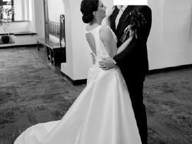 Mikado šilko vestuvinė suknelė.