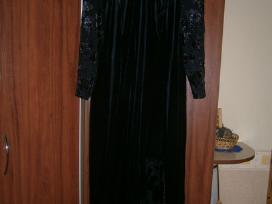 Juoda veliūrinė proginė suknelė