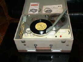 Juostinis magnetofonas Nicoder model F