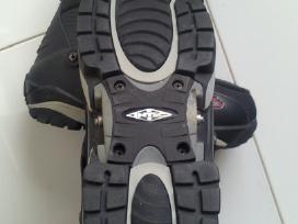 Snieglentes batai - nuotraukos Nr. 2