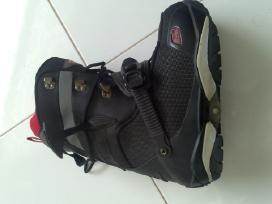 Snieglentes batai - nuotraukos Nr. 4