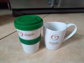 Simpatiski puodeliai.