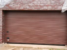Akcija. Pakeliami garažo vartai