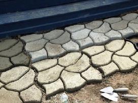 Trinkelių klojimas-betono trinkelių formos - nuotraukos Nr. 15