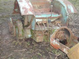 T-40 traktoriaus dalys