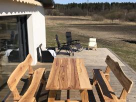 Mediniai lauko baldai