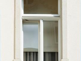 Mediniai langai, durys ir kiti stalių gaminiai - nuotraukos Nr. 16