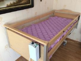 Elektrinė funkcine slaugos lova