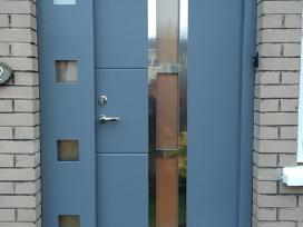 Lauko ir vidaus durys, garažo vartai