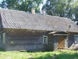 Ieškau medinio kaimiško senovinio namo nukėlimui