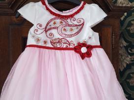 Nuostabi suknelė mažajai karalaitei