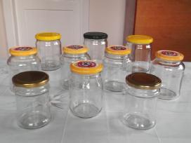 Stiklainiai ir indeliai nuo kavos