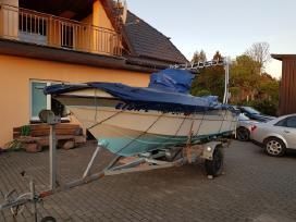 Žvejybini - pramoginis kateris Tenten Bora 525