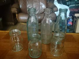 Seni pieno buteliai