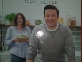 Parduodu Oliver Jamies Supermaistas receptai šeima