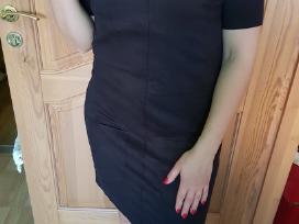 Juoda suknelė su kišenėmis