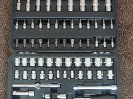 Įrankiu komplektai / rinkiniai veržliarakčių