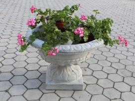 Lauko vazonai, gėlinės. Sezono išpardavimas