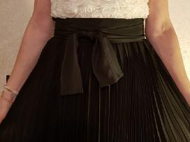 Parduodu progine suknele.