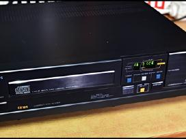 Philips CD 104.