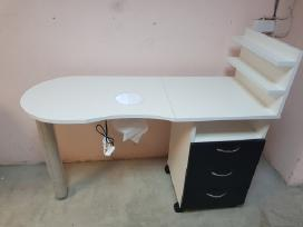 Sulankstomas Manikiūro stalas