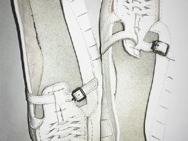 Natūralios odos sandalai