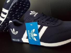 Nauji Adidas kedai