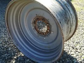 Naudoti traktorių ratlankiai