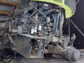 Traktorius Claas Axion 810 Ardomas Dalimis