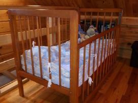 Puiki vaikiška lovytė su čiužiniu ir dovanų paketu