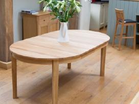Ąžuoliniai, uosiniai stalai