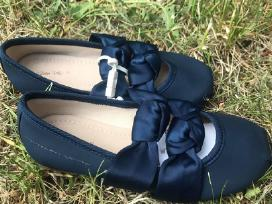 Mėlyni bateliai