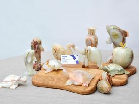Onikso gaminiai (suvenyrai, indai, statulėlės)
