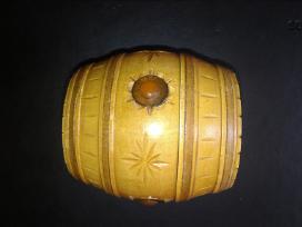 Naturalaus medžio bačkutė su gintaru papuošalams - nuotraukos Nr. 4